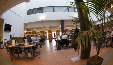 Turun yliopiston kirjasto.
