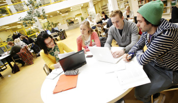 Jyväskylän yliopiston kirjasto.